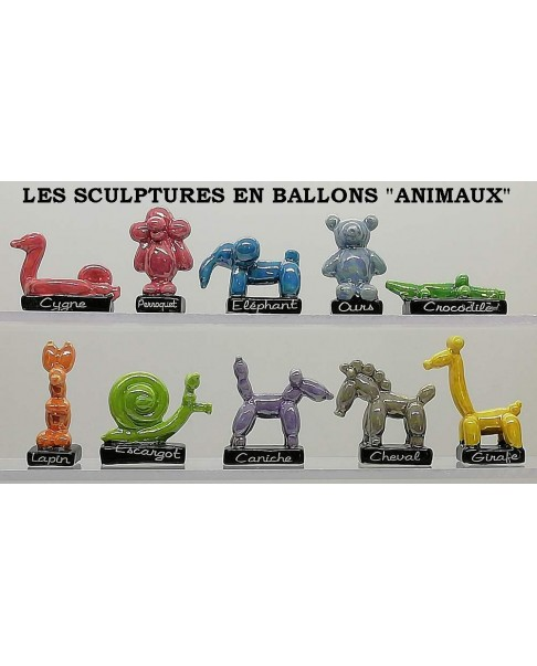 The sculptures in balloons